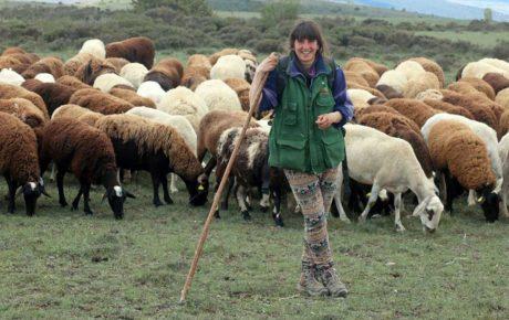 Lorena genzor pastora de ovejas