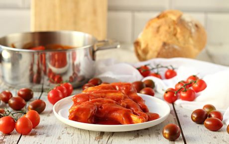 manitas de cordero salsa