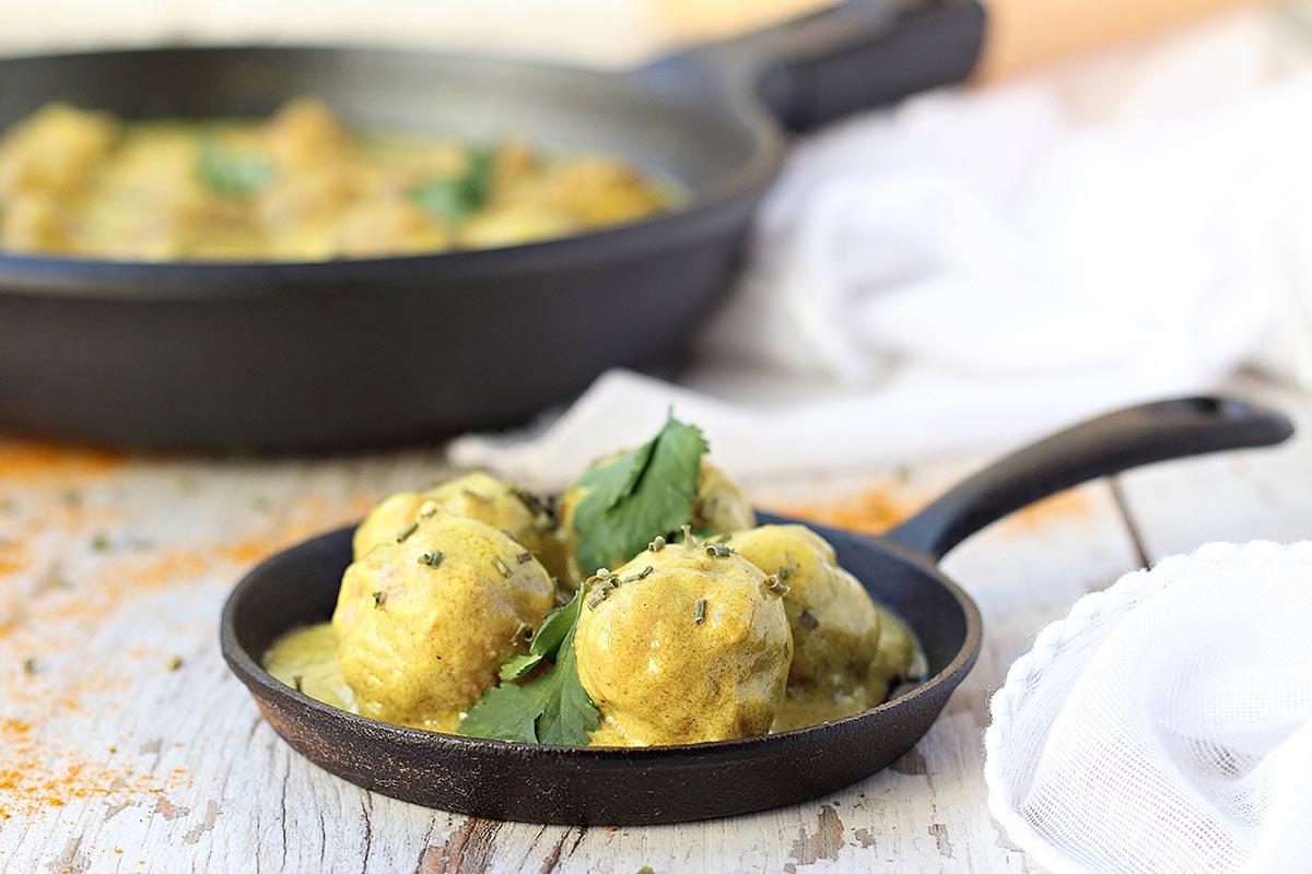 albóndigas de cordero al curry